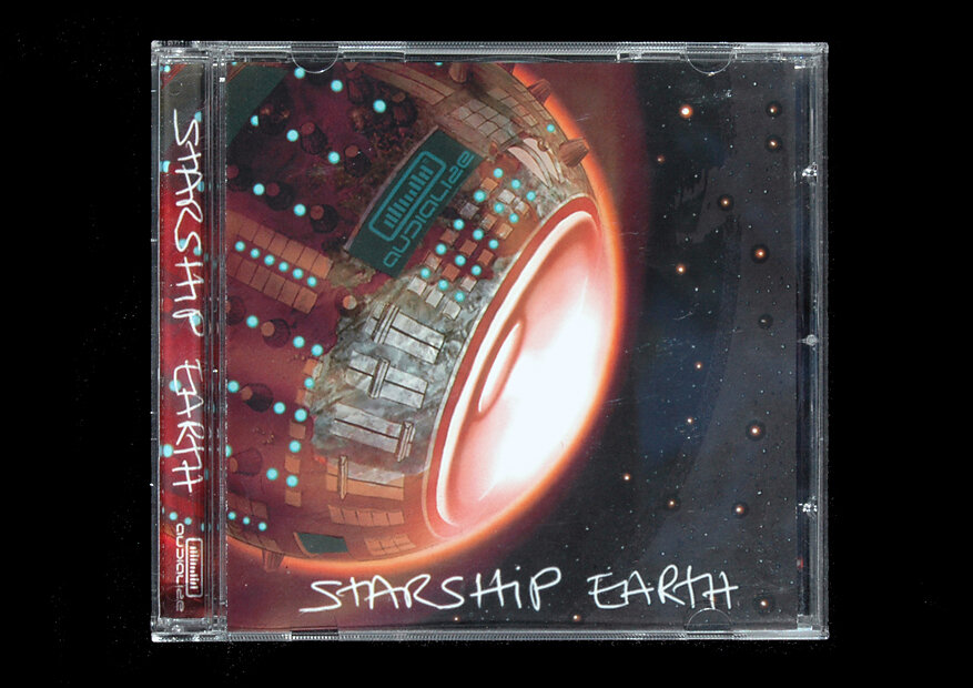 001-starship.jpg